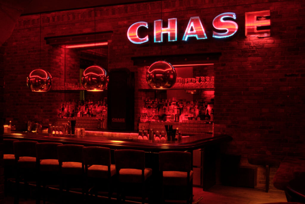 Location Chase Bar