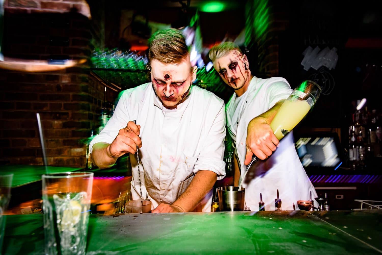 Halloween Barkeeper